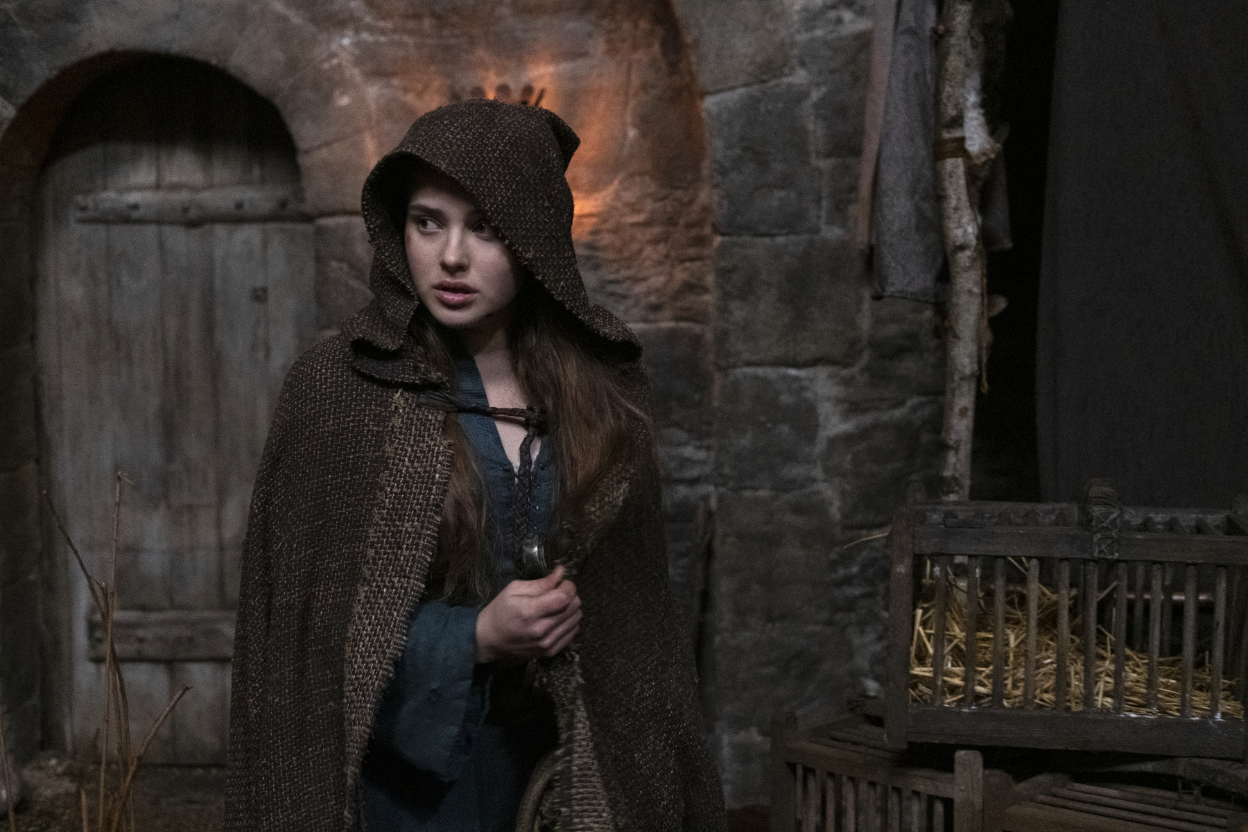 CURSED (L TO R) KATHERINE LANGFORD as NIMUE in episode 102 of CURSED Cr. LUDOVIC ROBERT/Netflix © 2020