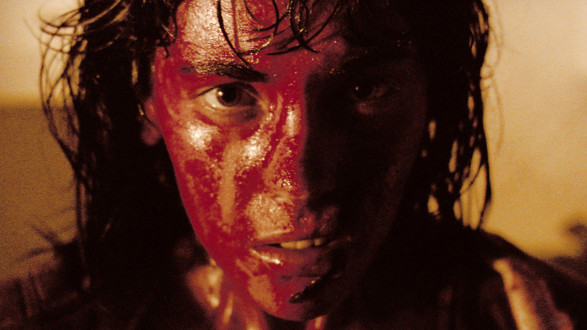 À l'intérieur: recensione del film di Alexandre Bustillo e Julien Maury