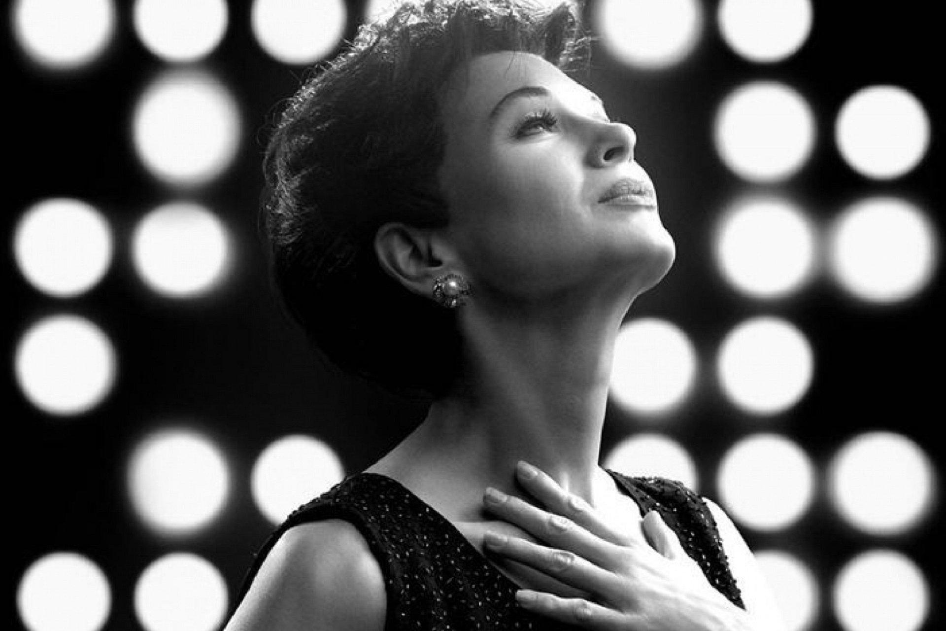 Judy: recensione del film con Renée Zellweger