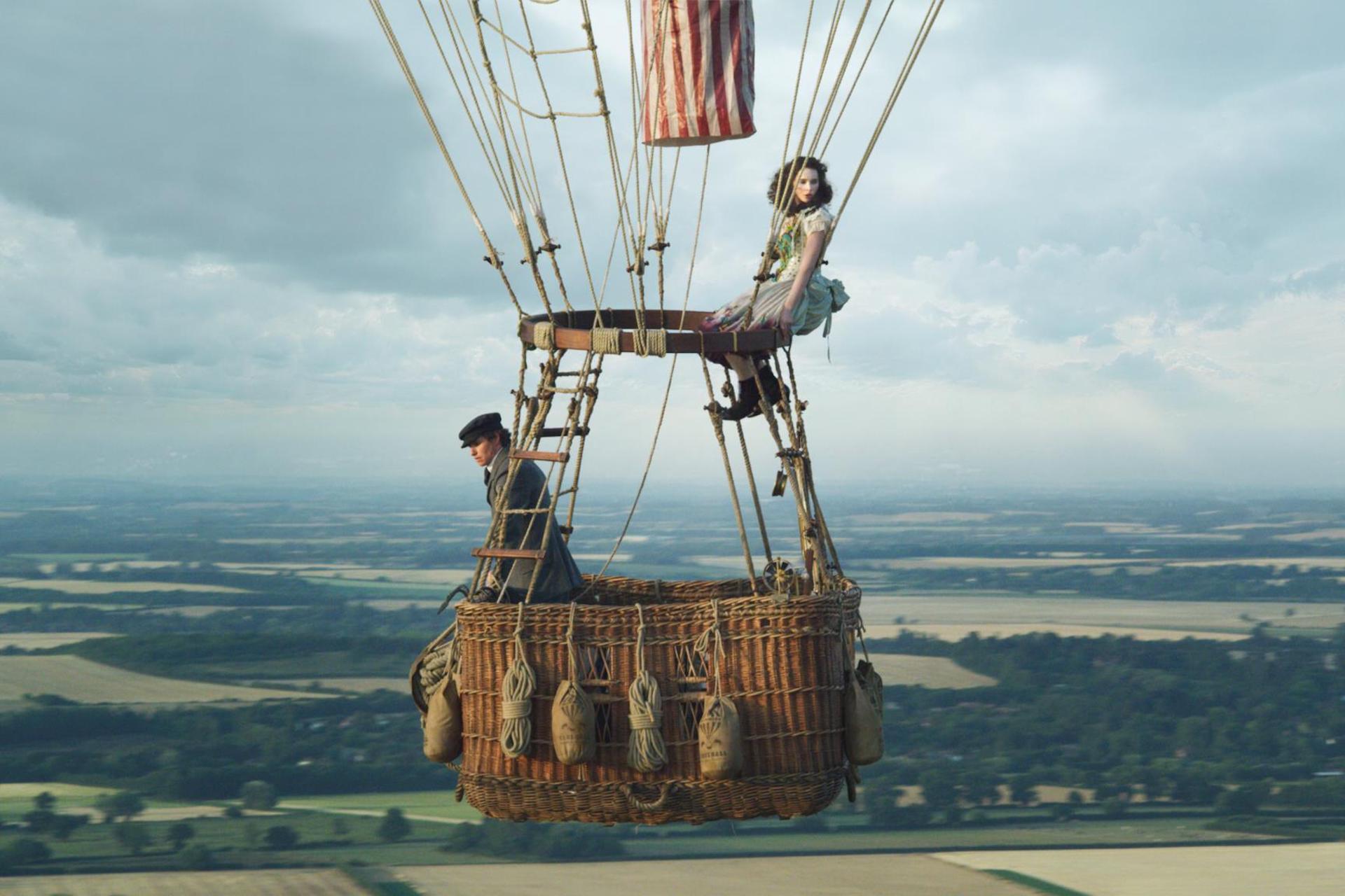The Aeronauts: recensione del film con Felicity Jones ed Eddie Redmayne
