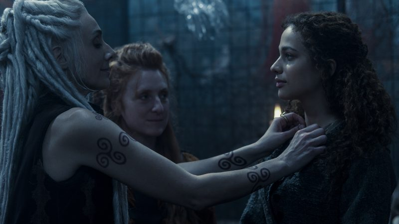 Luna Nera: trailer, data di uscita e poster della serie italiana Netflix