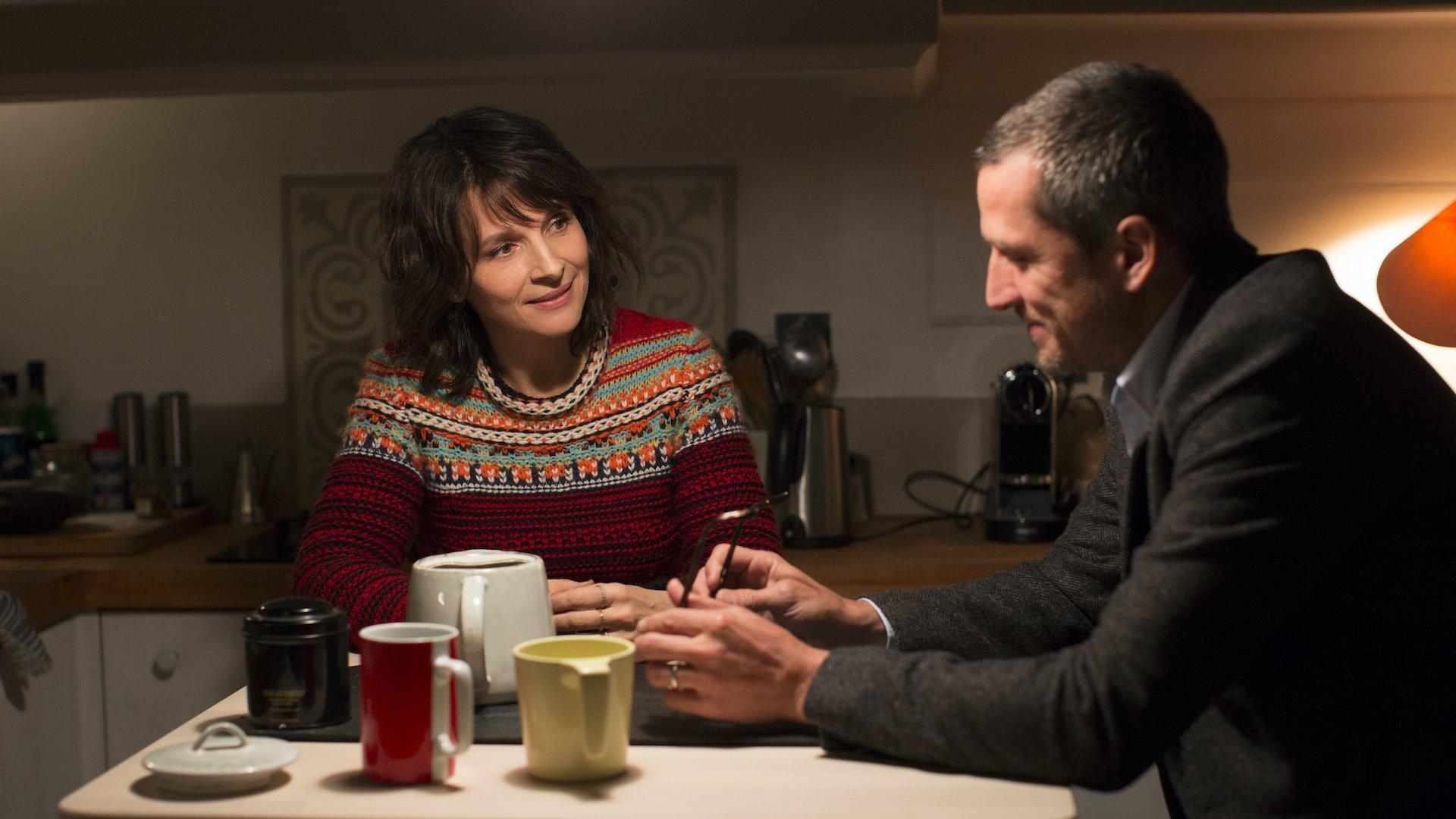 Il gioco delle coppie: recensione del film di Olivier Assayas