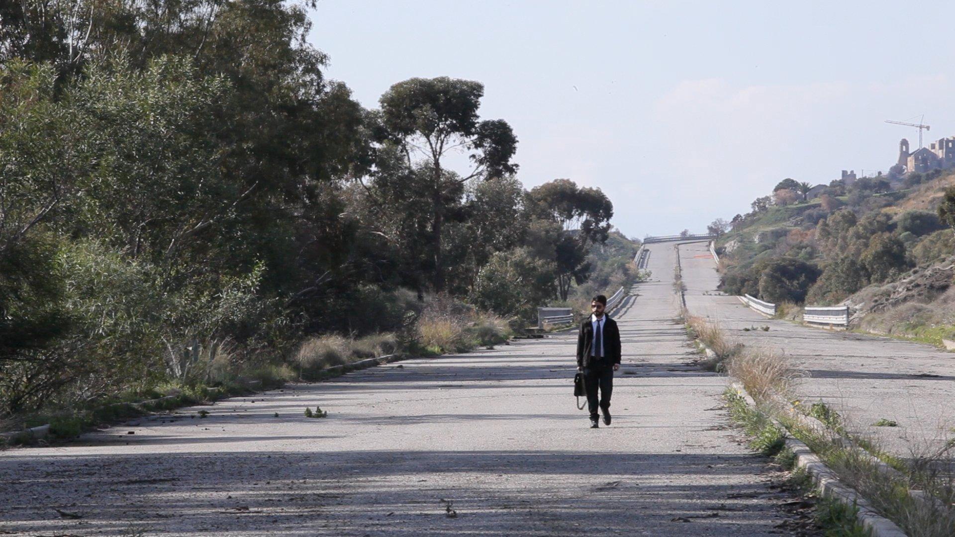 L'ultimo sole della notte: recensione del film di Matteo Scarfò