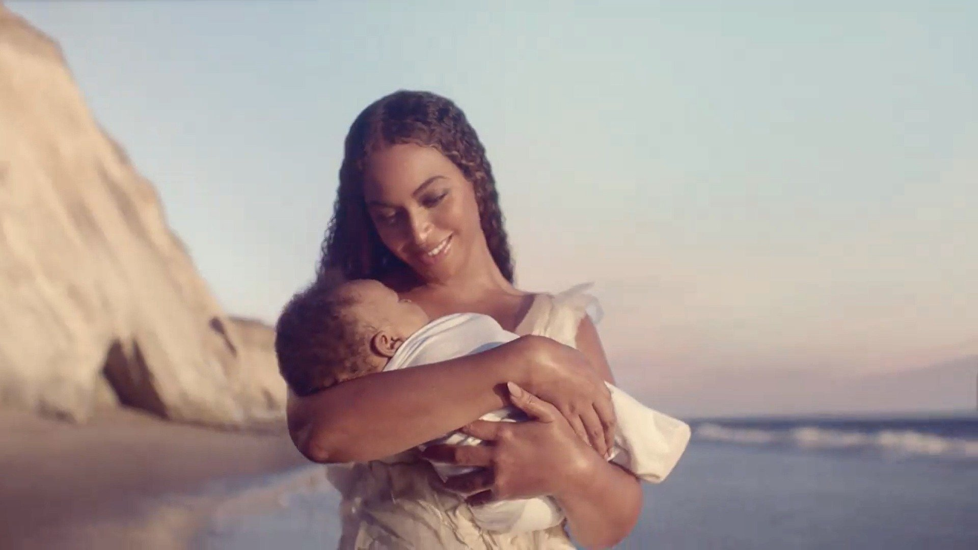 Beyoncé: il trailer del Visual album Black is King, dal 31 luglio su Disney+