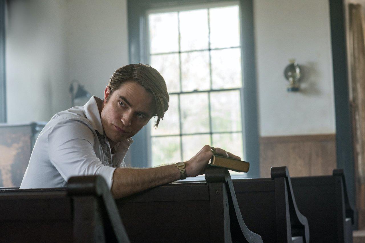 Le strade del male: Robert Pattinson parla del suo accento