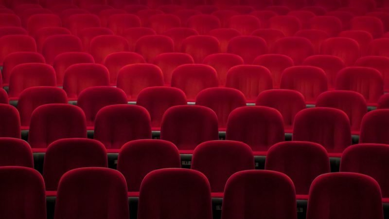 Cinema chiusi: le petizioni e gli appelli del mondo dello spettacolo