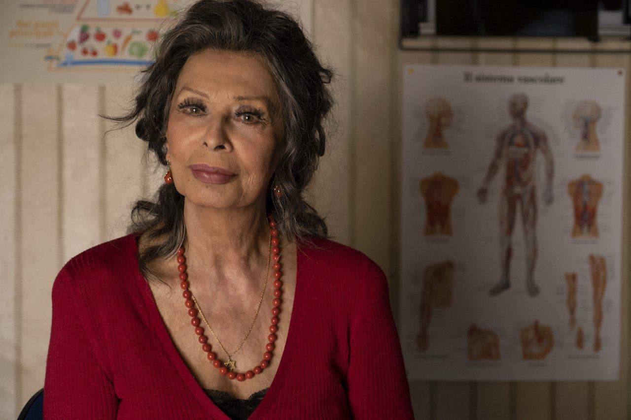 La vita davanti a sé: il trailer del film con Sophia Loren