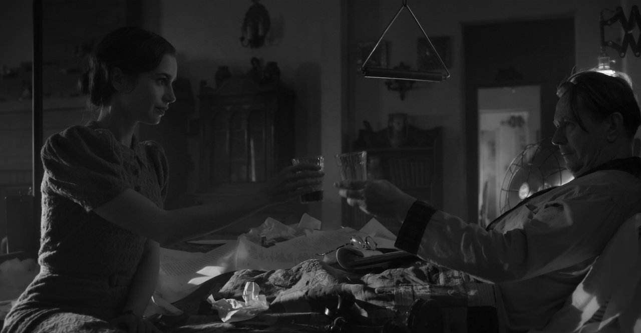 Mank: trailer e poster del film Netflix di David Fincher