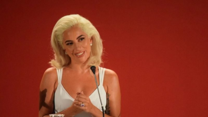 Bullet Train: Lady Gaga insieme a Brad Pitt nel film di David Leitch