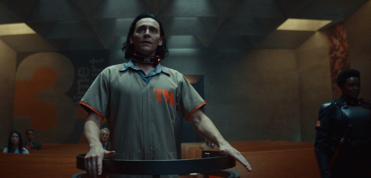 Loki: recensione in anteprima dei primi due episodi della serie Disney+